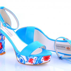 Sandalo con decoro tipico siciliano